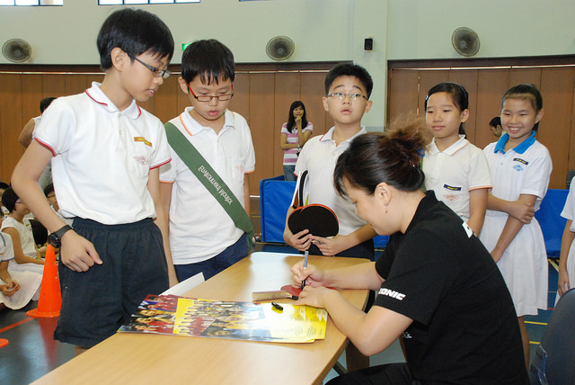 World Table Tennis Champions reaching out to the schools