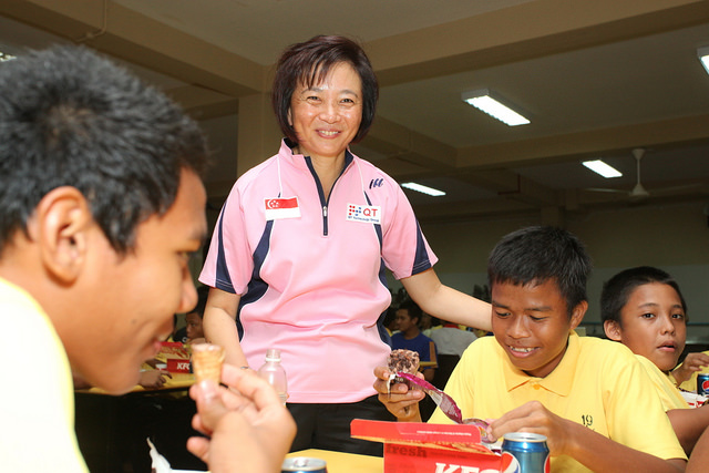 Singapore Table Tennis Association (STTA) National Team Paddlers Reaches Out To Boys At Muhammadiyah Welfare Home