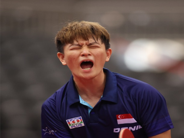 Clarence Chew becomes the first Singapore-born paddler to qualify for the Olympic men's singles event.